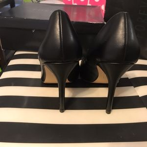 Forever 21 Shoes - Forever21 black pumps like new!!!Only tried on